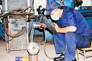 Chú trọng cải thiện điều kiện lao động