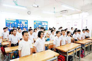 Trẻ mầm non, học sinh tiểu học háo hức trở lại trường