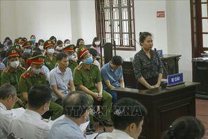 Vụ gian lận điểm thi tại Hòa Bình: Thẩm vấn, xét hỏi các bị cáo