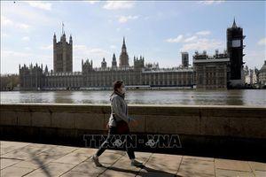Chính phủ Anh kéo dài chương trình hỗ trợ nghỉ phép cho người lao động