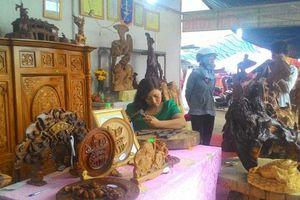 Quảng Nam: Mang hồn Việt vào từng vân gỗ