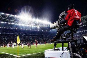Một phần tiền bản quyền truyền hình Serie A bị 'treo' lại