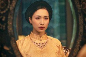 Hòa Minzy mất cả năm chuẩn bị trang phục để thành Nam Phương hoàng hậu