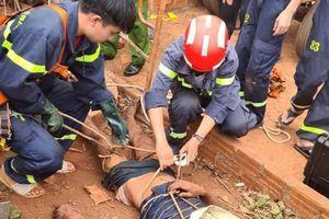 Gia Lai: Nghi đổ xăng đốt côn trùng để nạo vét giếng, 1 người tử vong