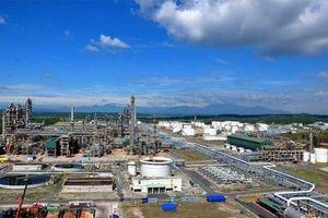 Giá dầu rớt mạnh, kịch bản nào cho Nhà máy lọc dầu Dung Quất?
