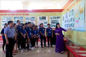 Các địa phương tổ chức triển lãm về Chủ tịch Hồ Chí Minh