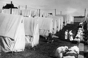 Sau 100 năm, thảm cảnh đại dịch 2020 không khác so với đại dịch 1918