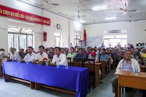 Ngân hàng Agribank Chi nhánh Khánh Hòa: Tặng 200 suất quà cho người dân thị xã Ninh Hòa