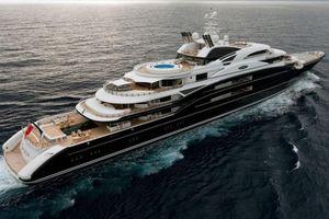 Du thuyền trị giá 500 triệu USD của Bin Salman