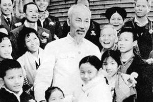 Ông già Chín trong tim kiều bào Thái Lan
