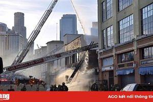 Mỹ: Cháy nổ tại trung tâm Los Angeles, 10 lính cứu hỏa bị thương