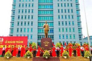 Nam Định: Khánh thành tượng đài Chủ tịch Hồ Chí Minh nhân kỷ niệm 130 năm ngày sinh của Bác