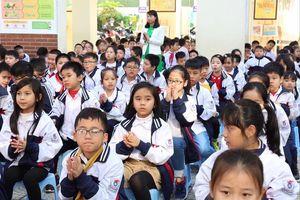 Tuyển sinh lớp 1, lớp 6 ở Hà Nội: Không phải nộp các khoản 'tự nguyện'