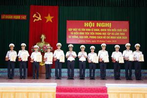 Lữ đoàn 147: Gặp mặt, tôn vinh quân nhân tiêu biểu học và làm theo Bác Hồ