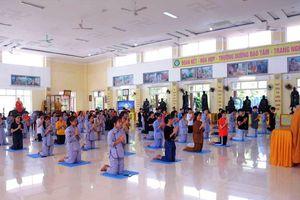 Nghệ An : Hơn 100 bạn trẻ quy y Tam bảo tại chùa Chí Linh
