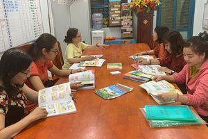 Trường học đã chọn xong sách giáo khoa lớp 1