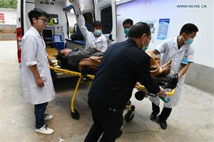 Trung Quốc: Động đất mạnh khiến hàng chục người thương vong