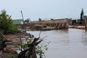 Sập kè Tắc Sông Chà, nguyên Phó Giám đốc Sở GTVT TPHCM bị kiểm điểm