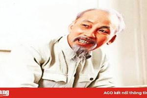 Vận dụng sáng tạo tư tưởng, đạo đức, phong cách Hồ Chí Minh