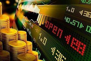 Thanh khoản đạt mức kỷ lục, VN-Index bật tăng hơn 1%