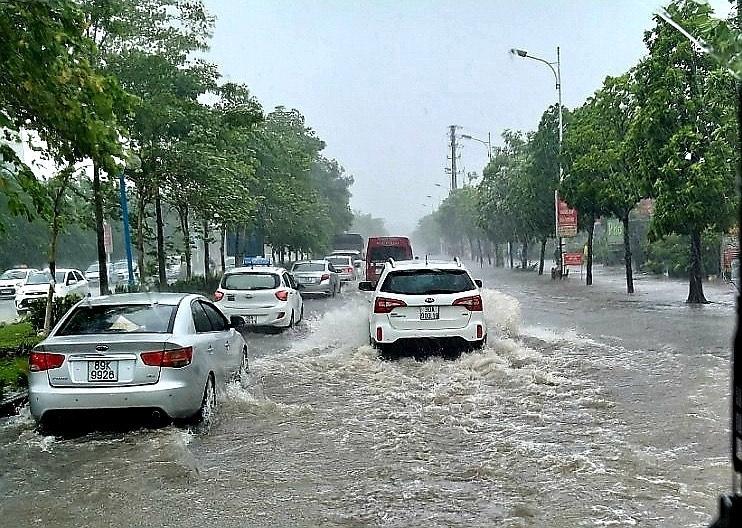 Giảm úng ngập cục bộ khu vực nội thành Hà Nội