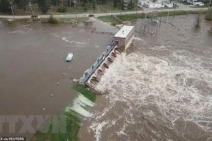 Hàng nghìn người phải sơ tán sau 2 vụ vỡ đập ở bang Michigan