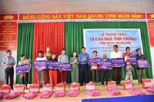 Công ty Nhôm Đắk Nông-TKV: Trao nhà tình thương trị giá 700 triệu đồng cho các hộ nghèo