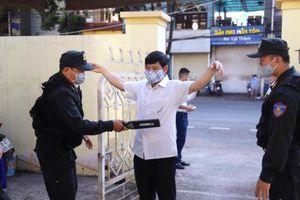 An ninh thắt chặt trong phiên tòa xét xử vụ gian lận thi cử ở Sơn La