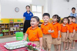 Hà Nội: Sẽ tăng cường thanh, kiểm tra chương trình sữa học đường