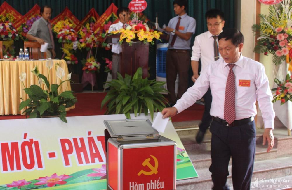 Đại hội Đảng bộ xã Quỳnh Bảng (Quỳnh Lưu) nhiệm kỳ 2020 – 2025