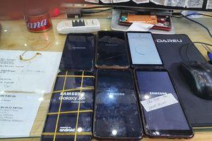 Cách sửa lỗi smartphone Samsung không khởi động được