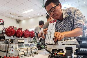 Choáng ngợp những khí tài quân sự do người đam mê mô hình ở Hà Nội lắp ráp, chế tạo