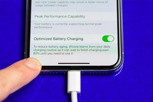 'Giải ngố' điều nhiều người hiểu sai về pin trên smartphone