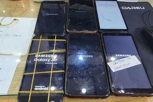 Samsung nói gì về sự cố smartphone đời cũ 'đột tử'