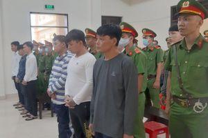 Cha con Tân 'Móp' hầu tòa sau vụ nổ súng tại tiệm cầm đồ Lê Thúy