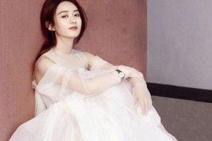 Khi mỹ nhân Hoa ngữ cùng diện váy cưới: Triệu Lệ Dĩnh, Dương Tử hay Địch Lệ Nhiệt Ba đẹp nhất?