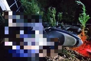 Hà Tĩnh: 2 thiếu niên tử vong tại chỗ sau khi đâm vào cột mốc