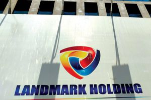 Nghi ngờ Landmark Holding (LMH) bị rút ruột