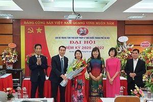 Sở Tư pháp Hà Nội tuyên truyền ý nghĩa của Đại hội Đảng bộ các cấp đến đoàn viên công đoàn