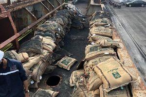 Hải quan Thanh Hóa bắt giữ 41 tấn gạo lậu