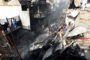 Vụ rơi máy bay ở Pakistan: Airbus điều tra nguyên nhân tai nạn