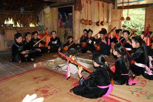 Tuyên Quang: Nét đẹp trong trang phục truyền thống của đồng bào Tày