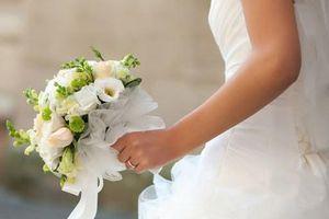 Tranh cãi vì chuyện cưới xin