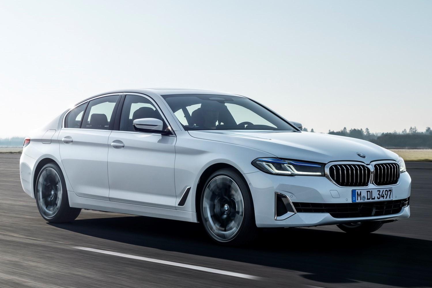 BMW 5-Series 2021 ra mắt - đối thủ Mercedes E-Class và Audi A6