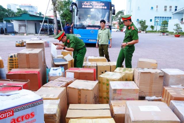 Chính phủ yêu cầu không để lưu thông hàng hóa có nguy cơ gây mất an toàn cho người tiêu dùng