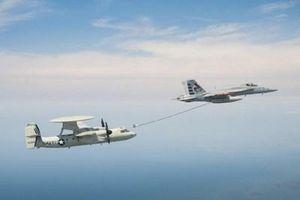 Máy bay cảnh báo sớm của Mỹ có thể nhận nhiên liệu trên không