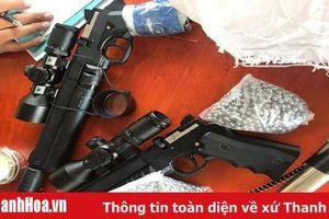 CSGT Thanh Hóa phát hiện đối tượng tàng trữ 2 khẩu súng cùng 3.000 viên đạn