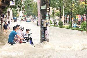 An toàn cho học sinh trong mùa mưa
