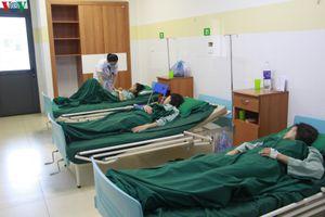 Gần 40 vận động viên ở Sơn La nhập viện sau khi ăn tối