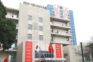 BV Bạch Mai bỏ giường dịch vụ: Nhà giàu muốn sướng hãy đến bệnh viện tư